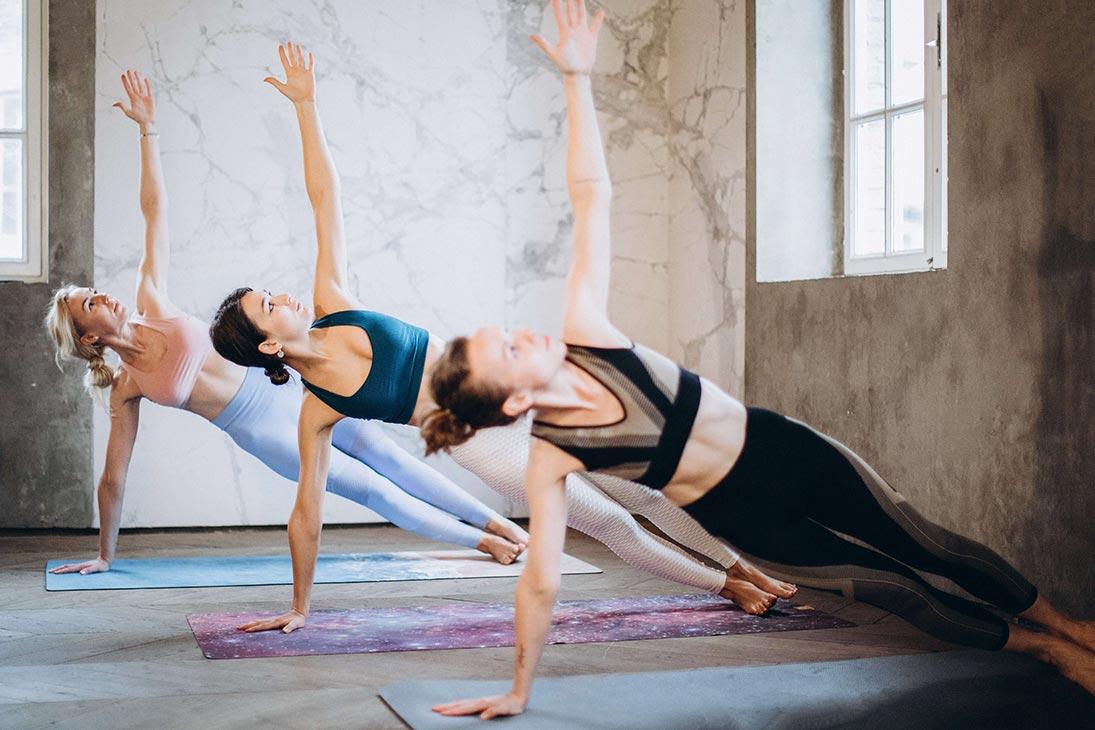 5 Arm Balance Yoga Poses for Beginners
