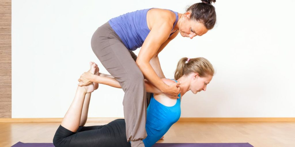 Yoga therapy training programs