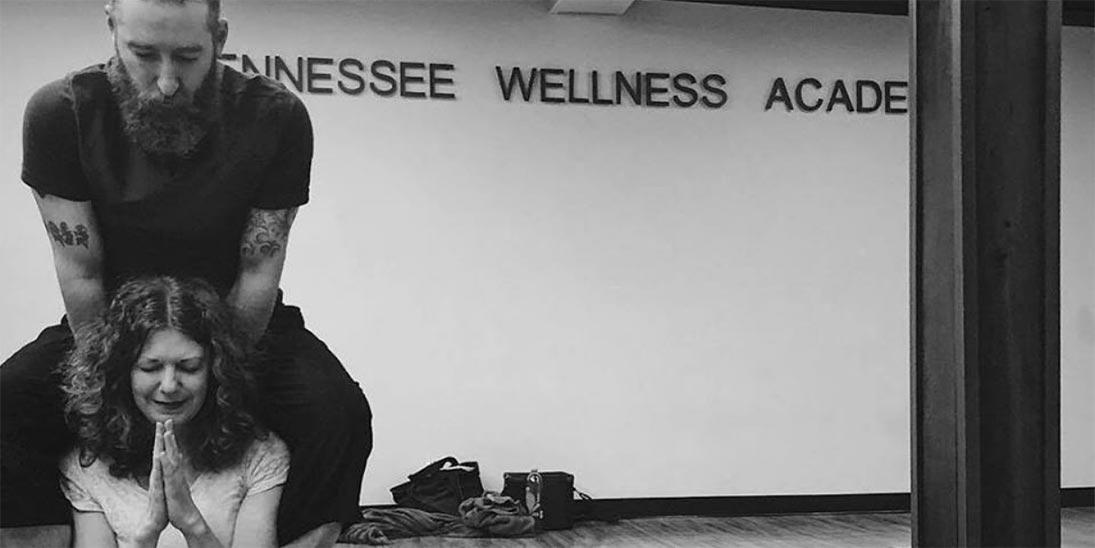 10 Best Online YTT Programs in the US - Yoga Pose